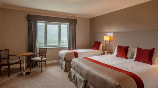 Double Single Bed Carrickdale Hotel